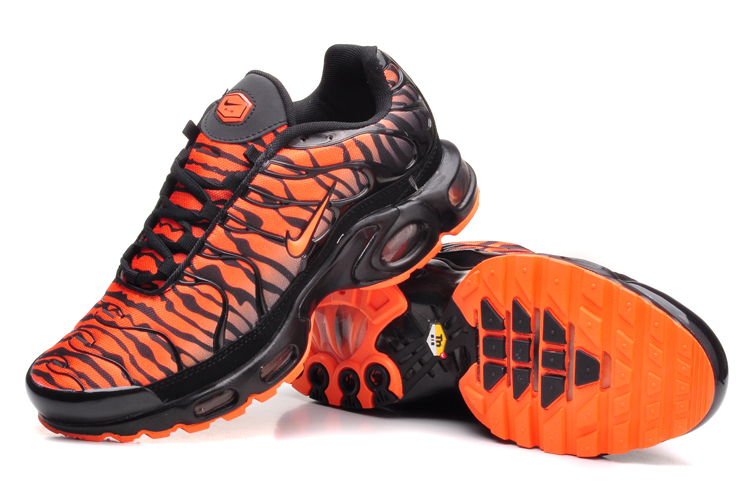 Nike TN Requin Homme Achat et Vente basket nike tn neuf