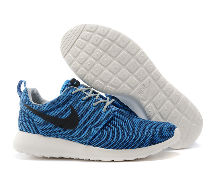 best authentic d9a23 c8ffb ... Chaussures Nike Roshe Run bleu ciel Fashion femme pFjlRnp1tq ...